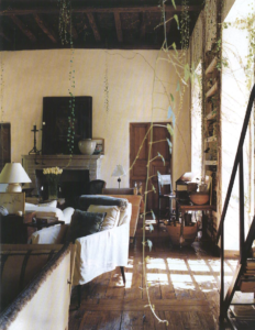 Town & Country Interior Image